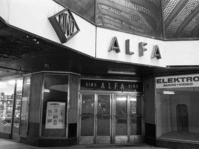 Venkovní výstava připomíná 120. výročí filmových projekcí v Praze, foto Muzeum hl. m. Prahy