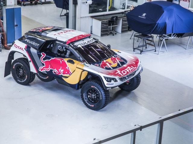 Nový Peugeot 3008 DKR v barvách pro Dakar 2017. Foto Peugeot