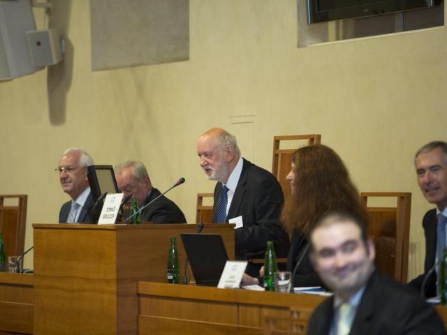 Tomáš Grulich na konferenci v Senátu, foto Senát PČR