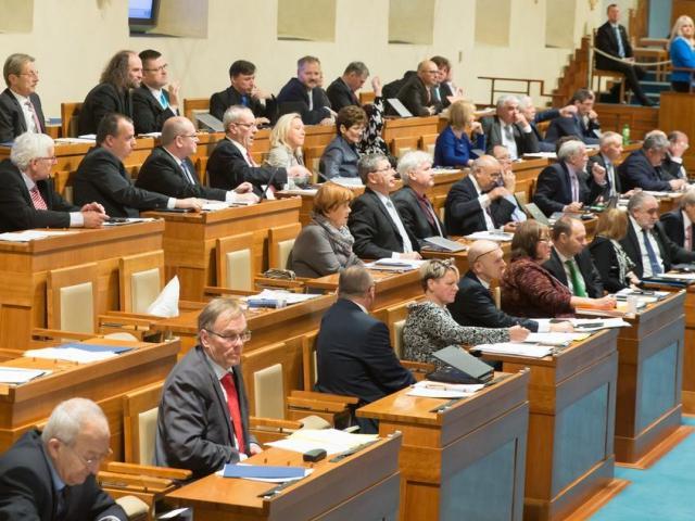 Nové zákony se budou projednávat v Senátu už v lednu, foto Senát PČR