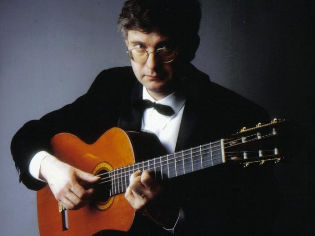 Zemřel uznávaný kytarista Petr Paulů