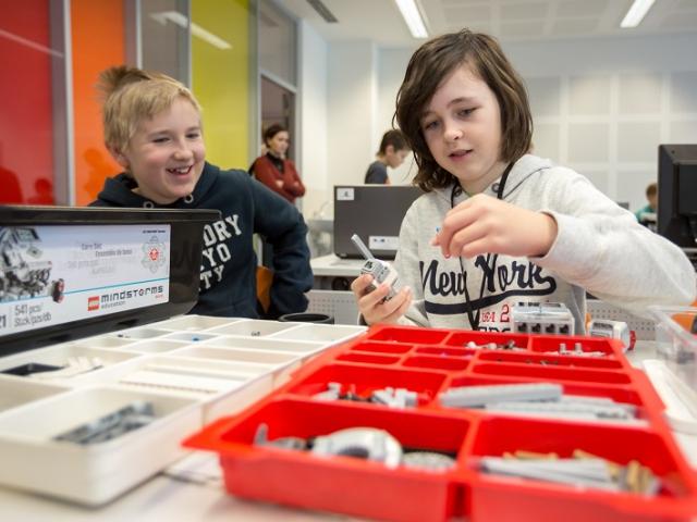 Kroužky kybernetiky jsou velmi oblíbené, foto Technická univerzita Ostrava