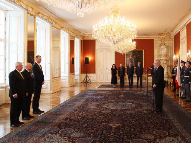Prezident republiky Miloš Zeman jmenoval nové členy bankovní rady ČNB. Foto ČNB