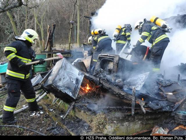 Hasiči z holešovické stanice vyjížděli k požáru, foto Generální ředitelství Hasičského záchranného sboru ČR