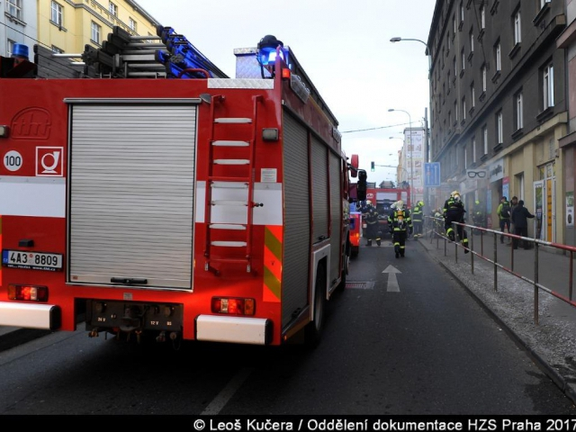 Na Žižkově hořelo v oční optice, foto Generální ředitelství Hasičského záchranného sboru ČR