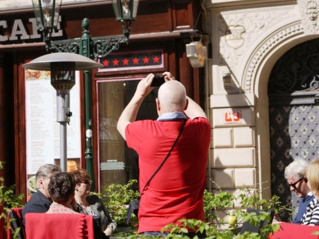 Zvýšený počet turistů z Ruska. Foto Praha Press