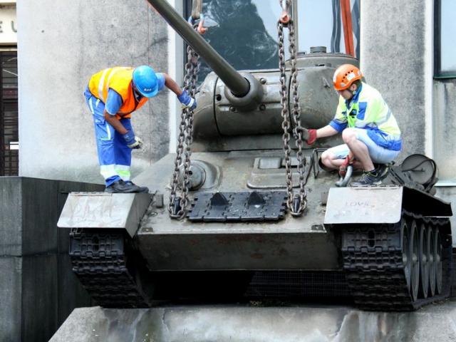Tank T-34 zamířil do Vojenského technického muzea Lešany, foto VHÚ