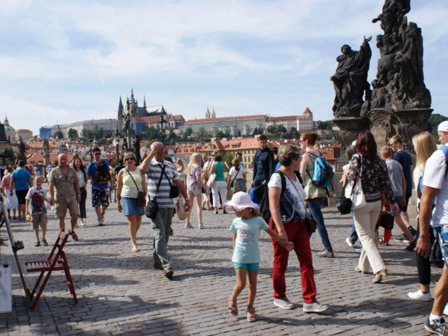 Karlův most v neděli oslaví 660 let, foto Praha Press