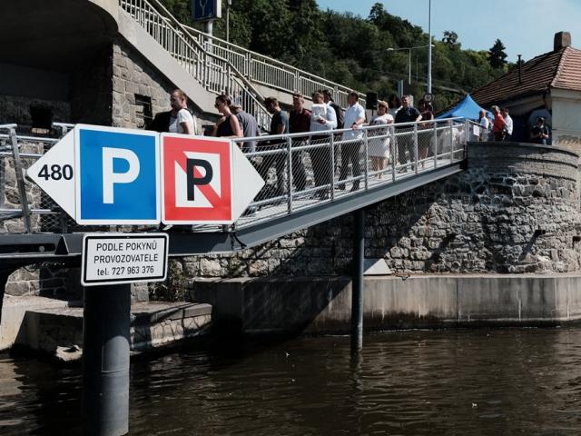 Přístaviště lodí u nábřeží Edvarda Beneše je bezpečnější, foto MD ČR
