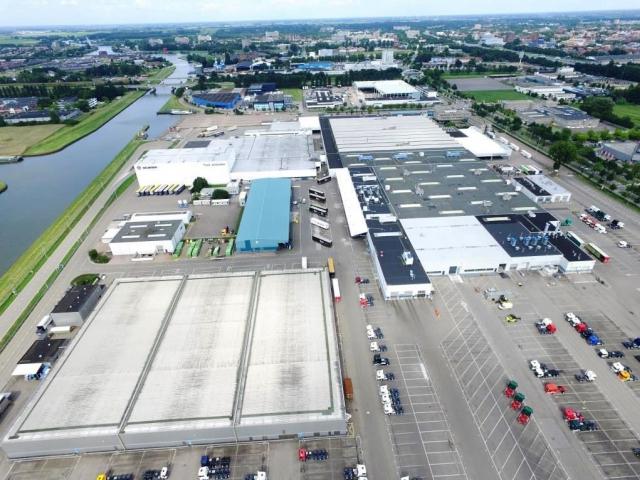 Scania bude mít v Nizozemí největší střechu pokrytou solárními panely, foto Scania