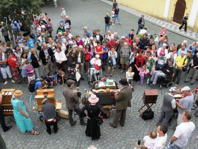Pouliční umělci z různých koutů Evropy oživí centrum Prahy, foto Národní muzeum