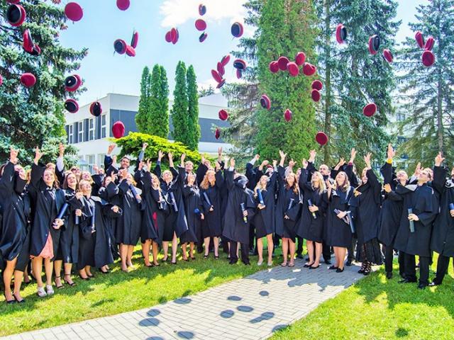 VŠTE má 340 nových absolventů, foto VŠTE