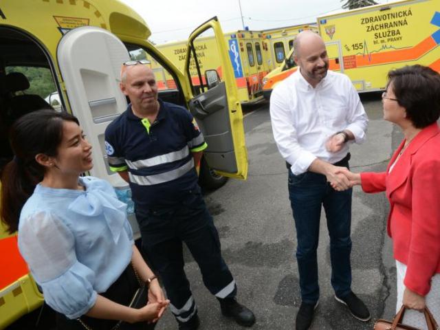 Čínští letečtí záchranáři a lékaři se budou v Praze cvičit už od října, foto MHMP
