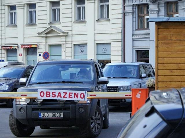 Praha vypoví smlouvu většině nájemců parkovišť. Foto Praha Press