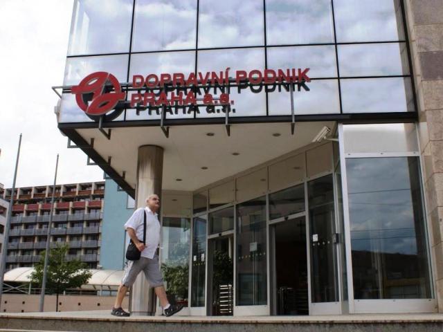 DPP zrušil výběrové řízení na dodávku jízdních dokladů, foto Praha Press