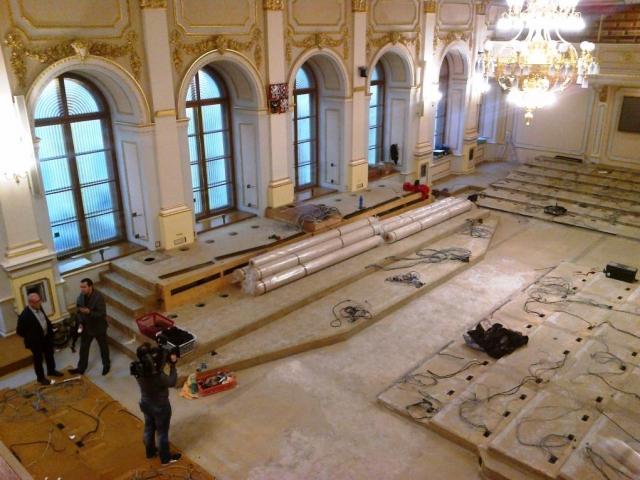 Probíhá rekonstrukce hlavního jednacího sálu Sněmovny, foto Parlament ČR