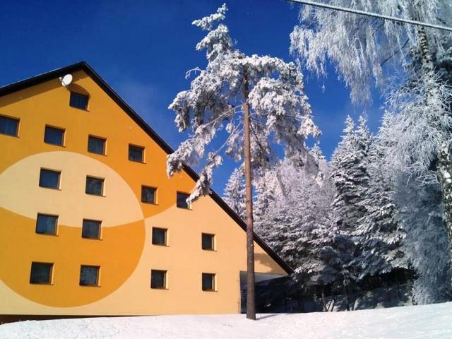 Zima v srdci Vysočiny v Hotelu Svratka. Běžky lyžování relax