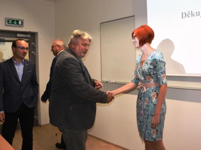 Doc. Ing. Jiří Dohnal, CSc., MBA zahajuje obhajoby, foto Veterinární a farmaceutická univerzita Brno