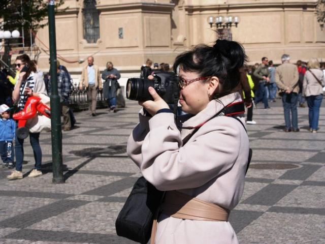 Letos přijelo do Prahy více turistů než loni. Foto Praha Press