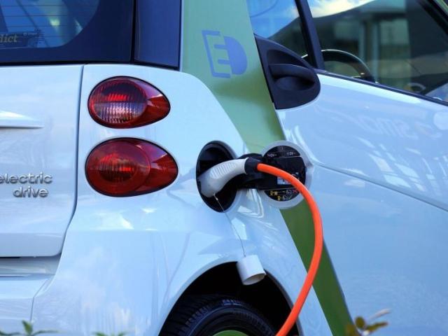 Pro alternativní paliva vyčleněno dalších 130 milionů korun, foto MD ČR