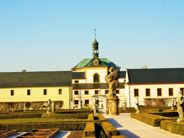 Listopadové prohlídky hospitálu Kuks. Foto Praha Press