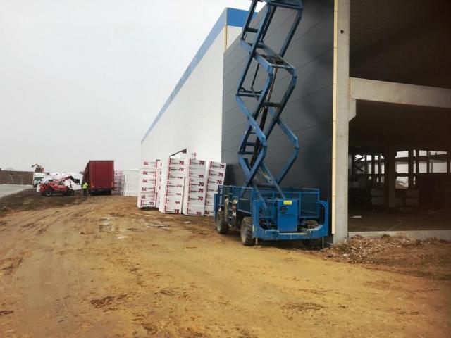 Společnost GTL, spol. s r. o. staví nové logistické centrum u D11