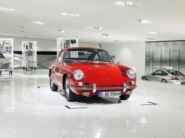 Muzeum Porsche poprvé vystaví svůj nejstarší vůz 911, foto:  Porsche Inter Auto CZ spol. s r.o.