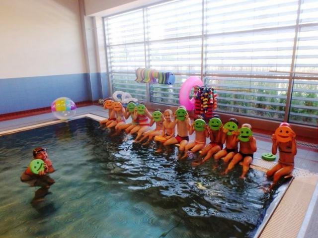 Naplánujte dětem jarní plavecký kemp
