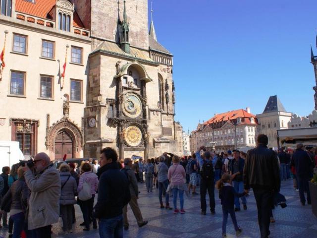Staroměstský orloj se na několik měsíců zastaví, foto: Praha Press.