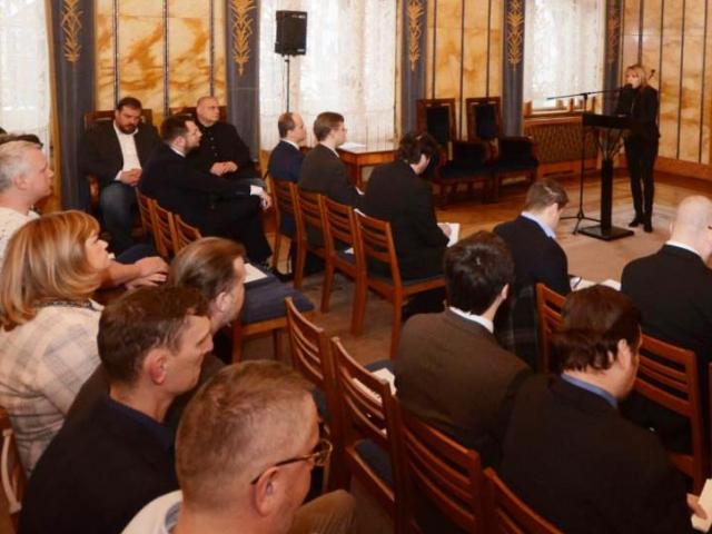 Na pražském magistrátu se diskutovalo o budoucnosti taxi, foto MHMP