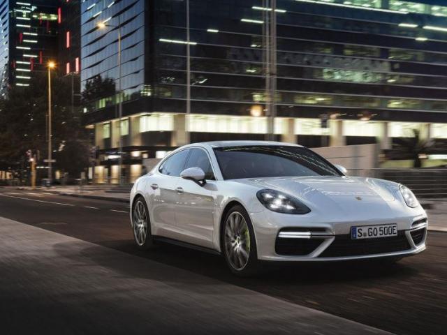Porsche investuje do roku 2022 více než šest miliard eur do elektrické mobility. Foto Porsche AG
