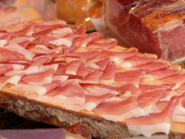 Milovníky dobrého masa lákají Slavnosti moravského uzeného