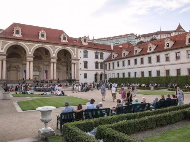 S příchodem jarní sezony se veřejnosti otevře Valdštejnská zahrada, foto: Senát PČR