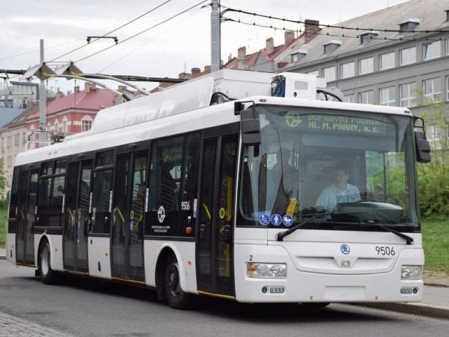 DPP zahájí zkušební provoz dalšího elektrobusu Škoda – SOR 30Tr, foto: DPP