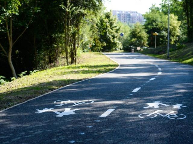 Nová cyklostezka v okolí Košíkovského potoka je dokončena, foto: TSK