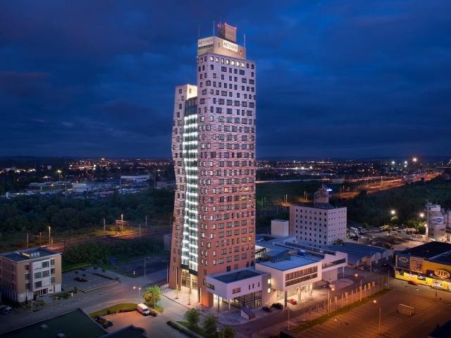 Před pěti lety byla otevřena nejvyšší budova v Česku: AZ TOWER, foto: PSJ a.s.