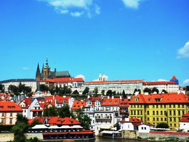 Prezident republiky podepsal šestnáct zákonů, foto: Praha Press