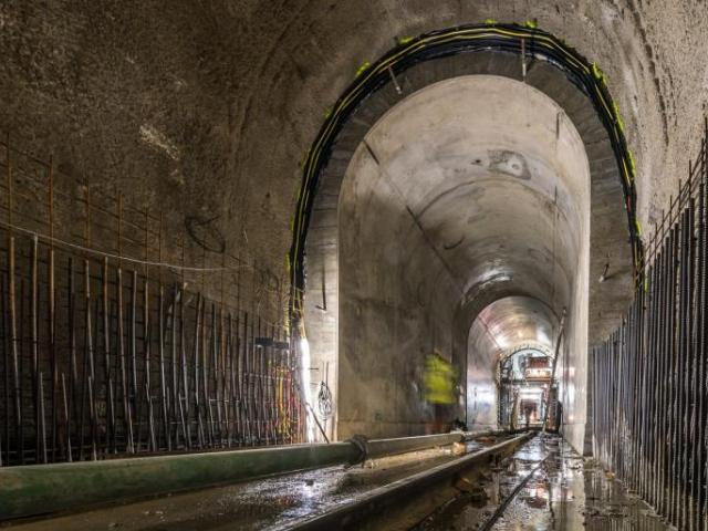 V listopadu Praha dokončí stavbu kolektoru u Hlávkova mostu, foto: MHMP