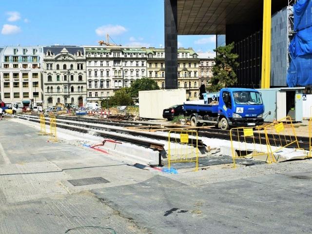 U Národního muzea vzniká nová tramvajová trať, foto: DPP