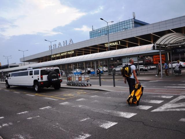 Železniční spojení na letiště bude kratší a rychlejší, foto: Praha Press