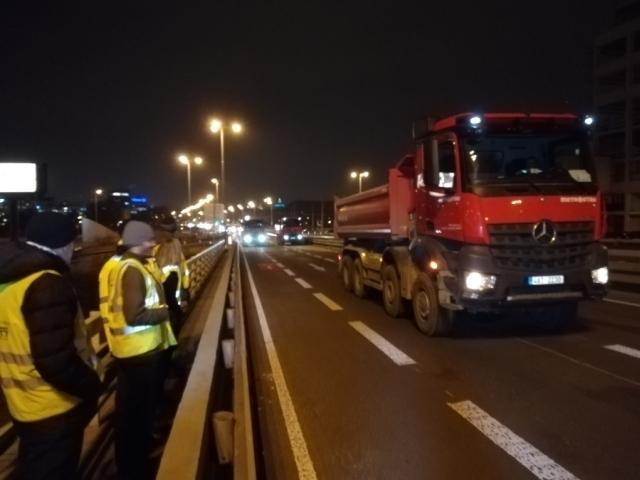 Most v Bubenské ulici prošel zatěžovací zkouškou, foto: TSK Praha