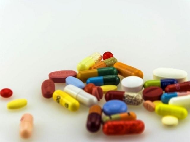 Další snižování a používání antibiotik je nutné