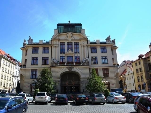 Praha chce zkrotit rostoucí ceny bytů, foto: Praha Press