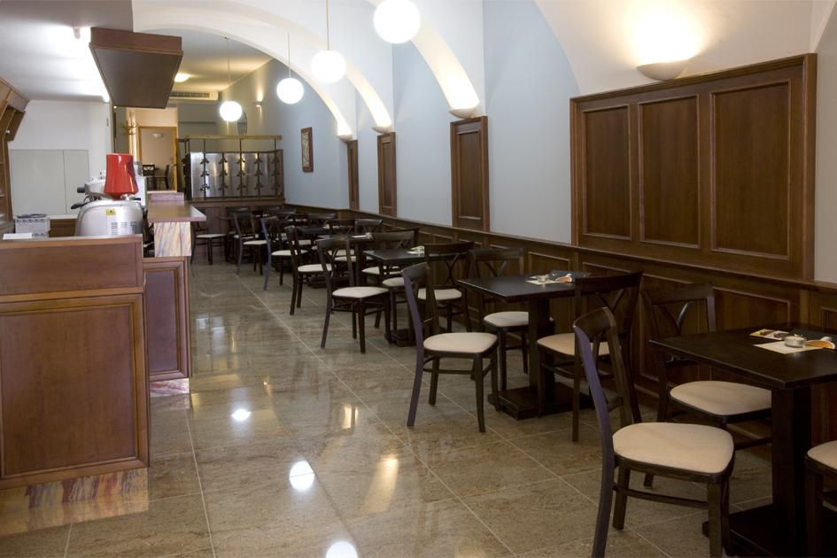 Kavárna v Hotelu U Zlatého kohouta, foto Hotel U Zlatého kohouta