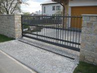 Pojezdová kovaná brána