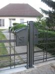 Kovaná brána a branka